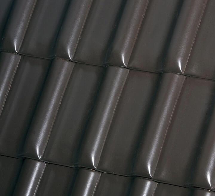 Do wykonania wolego oka najlepiej wybrać dachówki małoformatowe, takie jak Röben Fleming