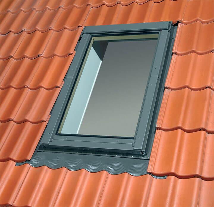 A – okno przeznaczone do zamontowania rolety