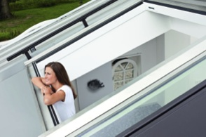 Panoramiczne okno dachowe Roto Azuro