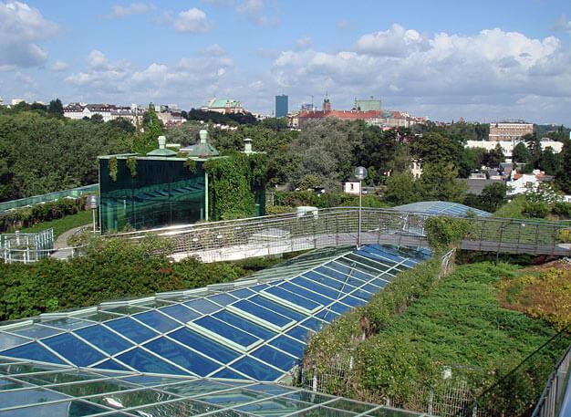 Fot. 6. Dach użytkowy Biblioteki Uniwersytetu Warszawskiego