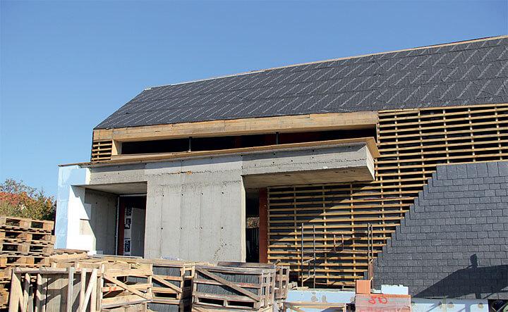 Dach i ściany z łupka