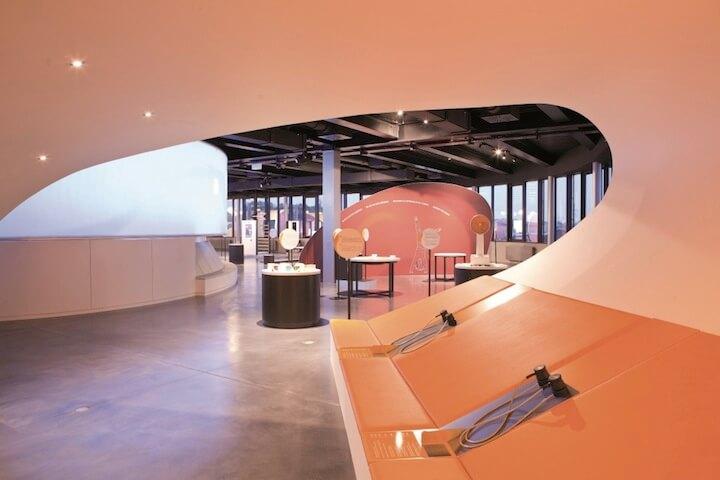 Między naturą a przemysłem - nowy budynek Luxlait