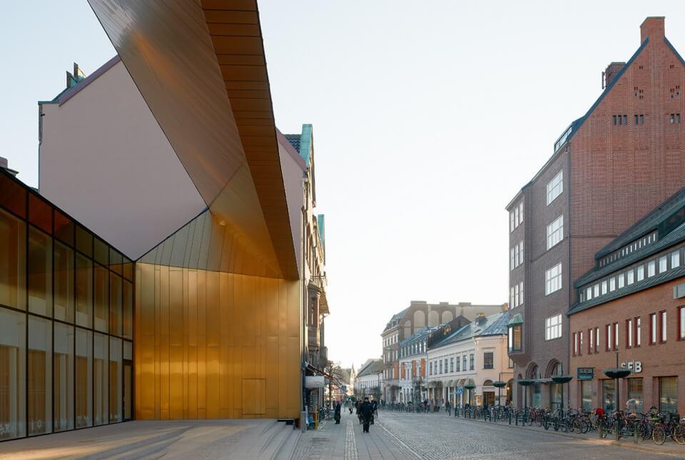 Nowe-stare centrum turystyczne w Szwecji