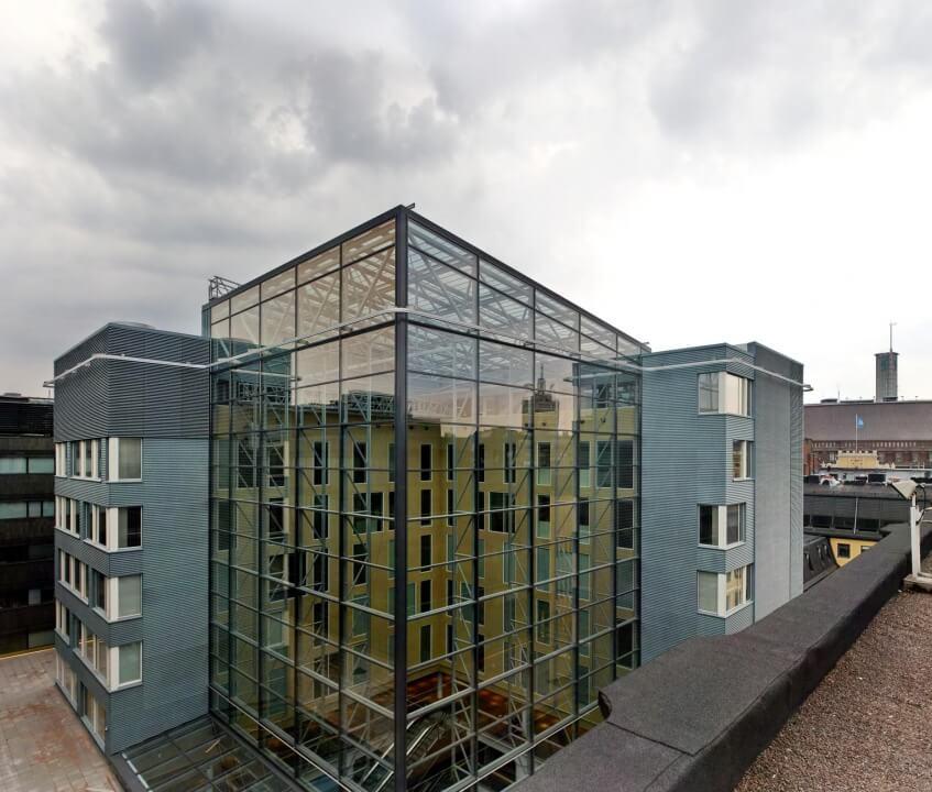 Przestrzeń biurowa na dachu centrum handlowego