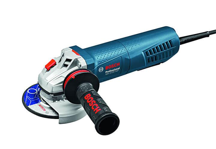 Małe, ale sprytne - szlifierki kątowe Bosch Professional z serii PROtection, fot. Bosch