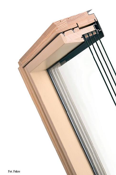 Fot. 1. Pakiet szybowy U8 Fakro. energooszczędne okna dachowe