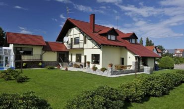 Blachodachówki modułowe – pokrycie na skomplikowany dach