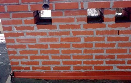Murowanie komina z cegły