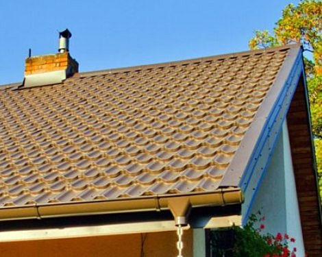 Dach z blachodachówki