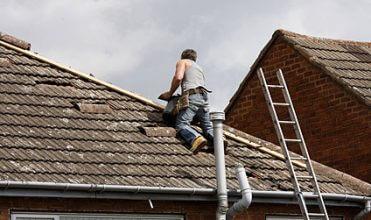 Dach – naprawa czy wymiana