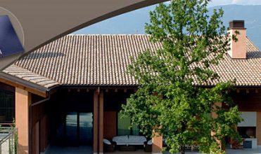 Jakie czynniki wpływają na trwałość dachu