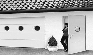 Jak odmienić z zewnątrz zwyczajny dom tak, by każdy chciał znaleźć się w nim choć chwilę?