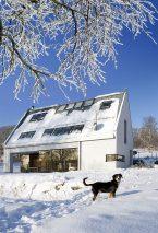 Ciepły i energooszczędny dom w sezonie zimowym