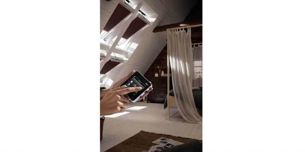 jak-wyposazyc-okno-dachowe-w-sterowanie-elektryczne_1