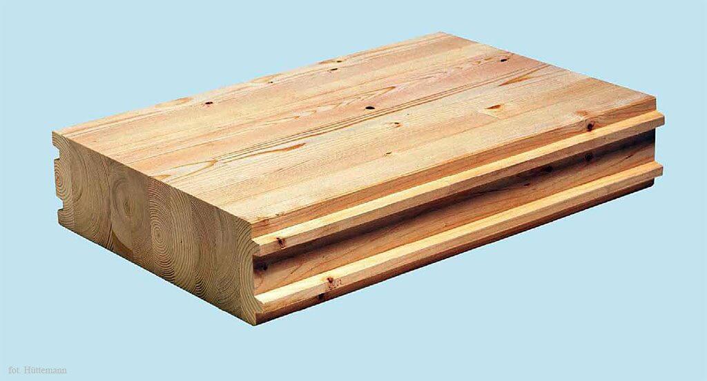 Fot. 1 Element stropowy z drewna klejonego.
