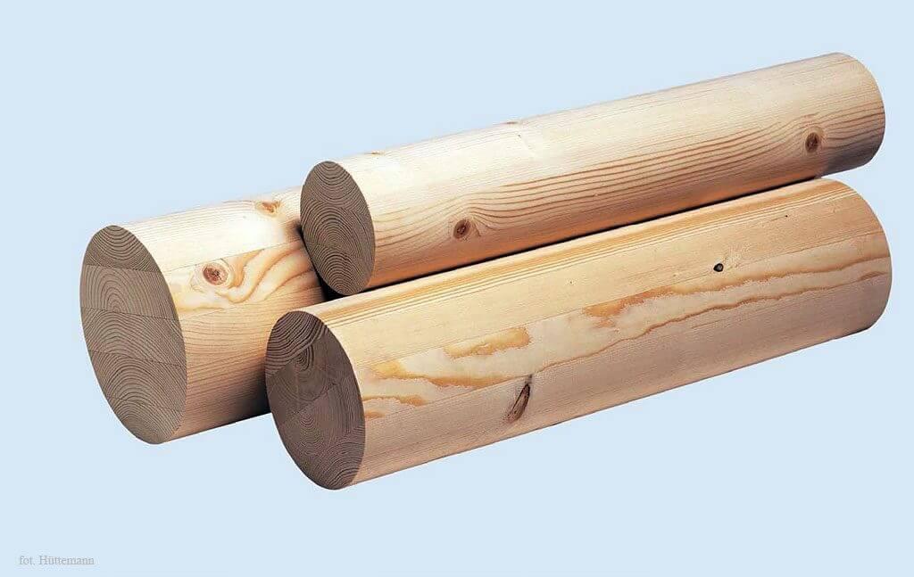 Fot. 2 Element stropowy z drewna klejonego.