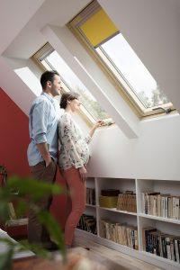 okna-dachowe-velux-wygoda-otwierania-okien-na-poddaszu_1