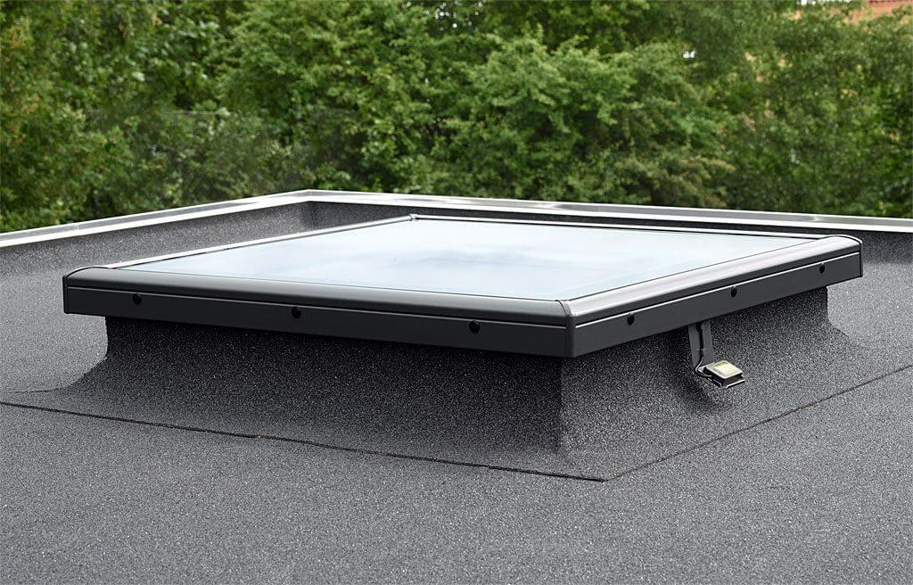 okna-do-plaskiego-dachu-w-nowej-odslonie_2
