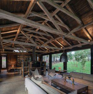 nowoczesna-STODOŁA-Barn-House-at-Lake-Ranco-5