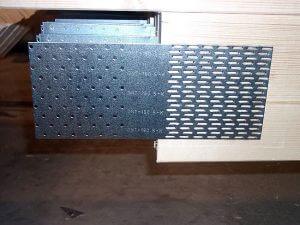 Fot. 2. Płytki do łączenia na budowie.