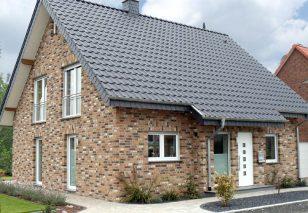 Dachówki ceramiczne - dobieramy do stylu domu i rodzaju dachu
