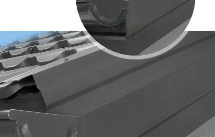 Fot. 1. Rozwiązanie krawędzi szczytowej dla blach dachówkowych.