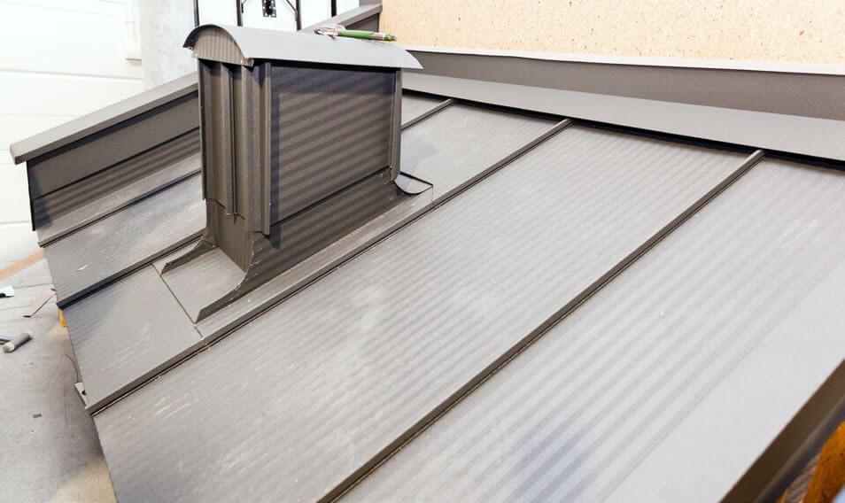 Fot. 3. Panele Click, obróbki i krycie dachu - Blachy Pruszyński.