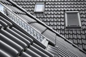 Połać dachu z oknami dachowymi Velux