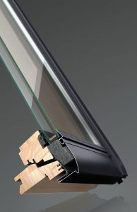 Fot. 1. Konstrukcja ThermoTechnology™ to wysokoizolacyjny materiał EPS wbudowany w skrzydło i ościeżnicę okna.