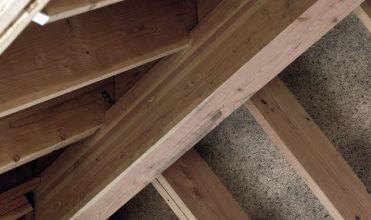 Płyty mfp® firmy Pfleiderer – najlepsze wstępne pokrycie dachu