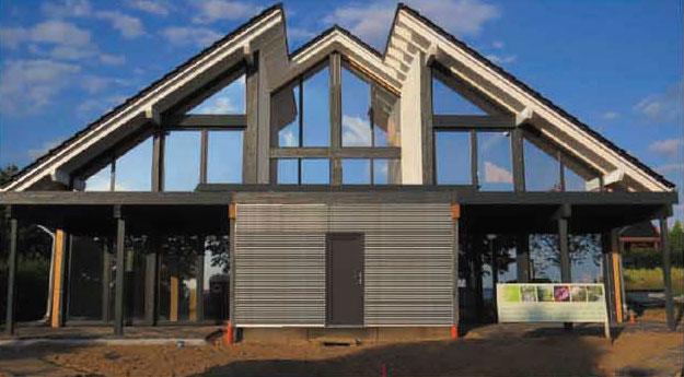 Domy z drewna klejonego warstwowo w technologii HBE