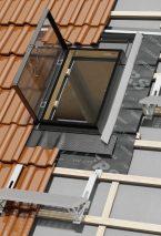 Komfortowa praca na dachu - te wyłazy doceni każdy dekarz, instalator i kominiarz!