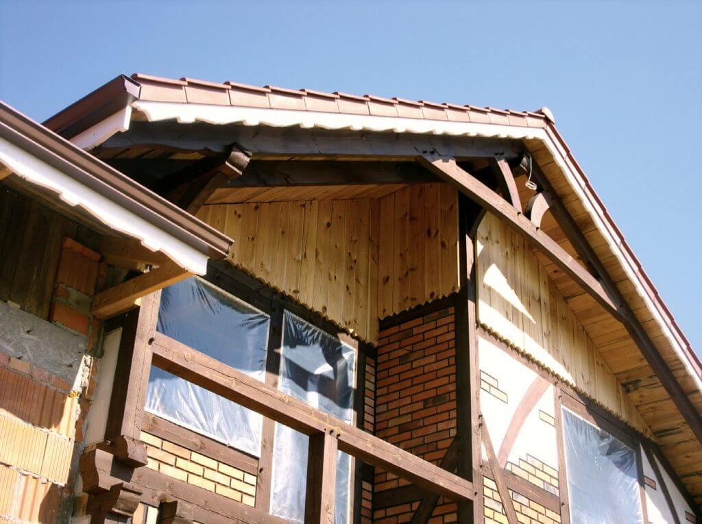 Dachówki kompozytowe TiLeCo – doskonałe pokrycie na odbudowę dachu