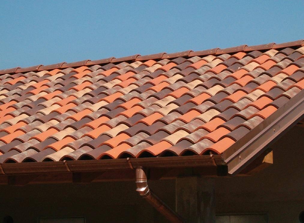 Dachówka Terreal SanMarco mix kolorów. Fot. Dachy Rustykalne