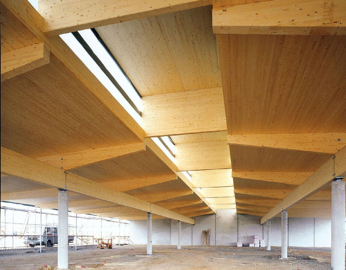 Projektowanie obiektów z drewna klejonego, litego, HBE i CLT (www.glulam.pl). AKTUALNE klasy drewna klejonego warstwowo