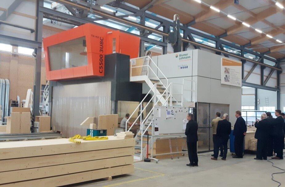 Teren zakładów Lehmann Gruppe centrum obróbcze CNC 3D do drewna