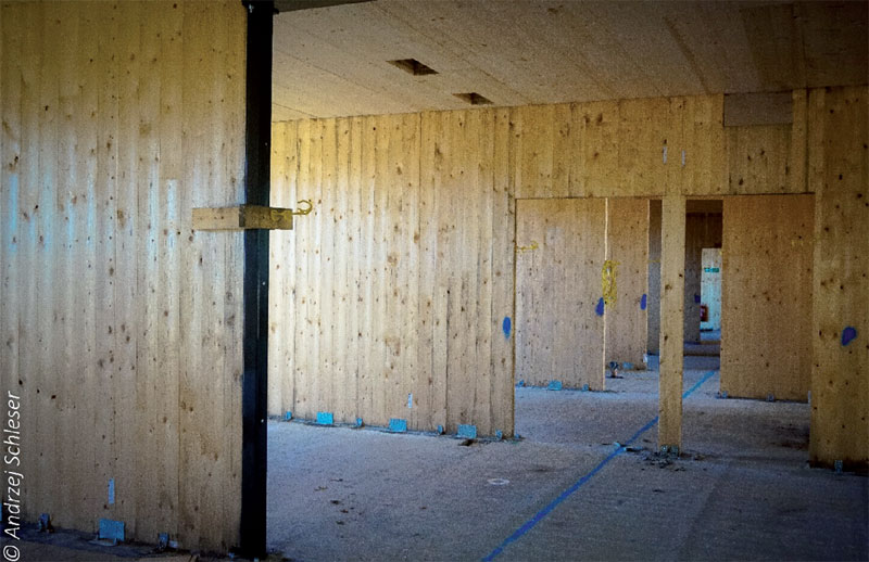 Fot. 2. Budowa prywatnej szkoły, 2 kondygnacje w technologii CLT – Seven Oaks, pod Londynem.