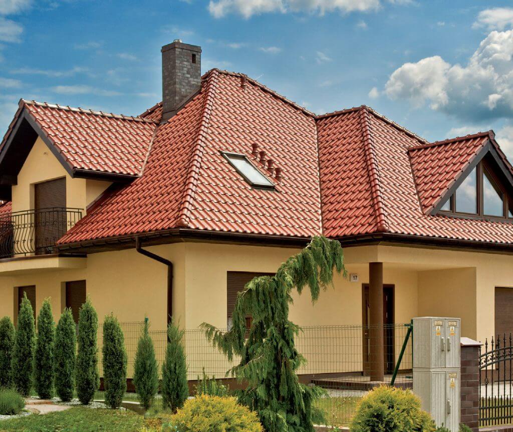 Dom z dachówką MONZAplus.