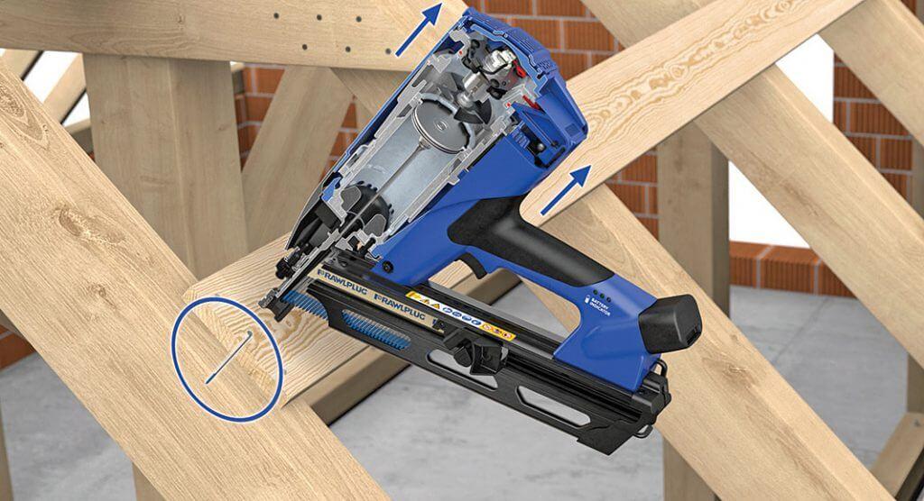 4. Oderwać narzędzie od mocowanego elementu i zdjąć palec ze spustu.