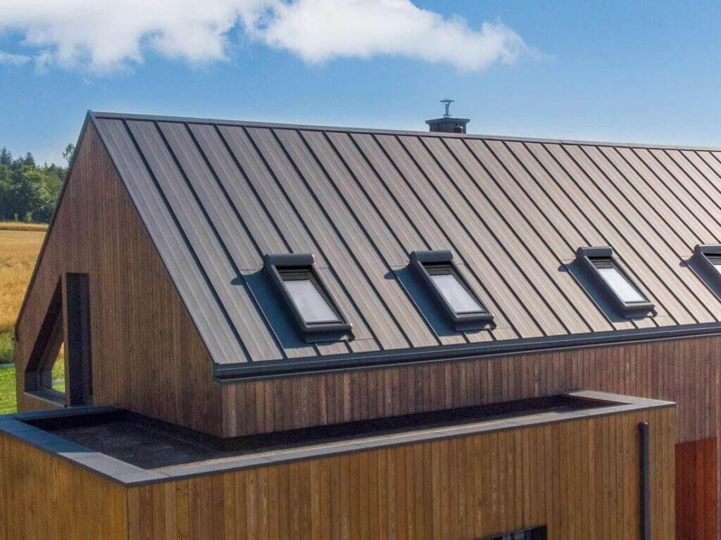 panele dachowe NA RĄBEK dom jednorodzinny w Bystrzycy